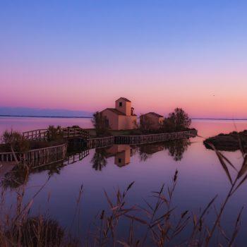 Luci della sera nelle valli e saline di Comacchio